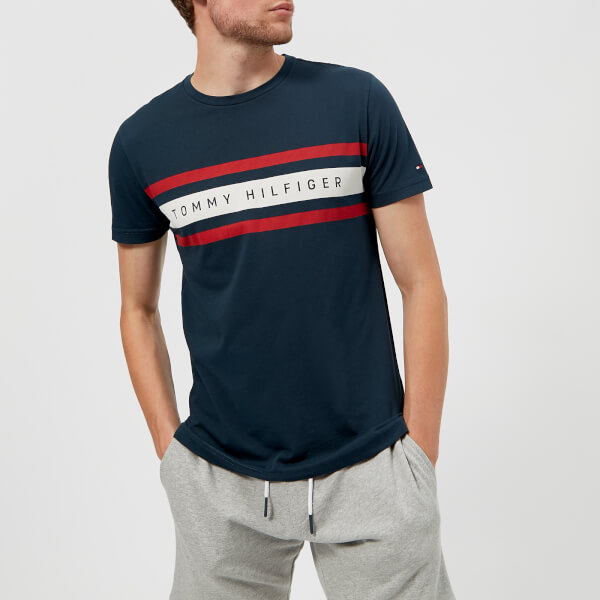汤米·希尔费格Tommy Hilfiger男式Logo表带图案T恤-海军蓝小西装
